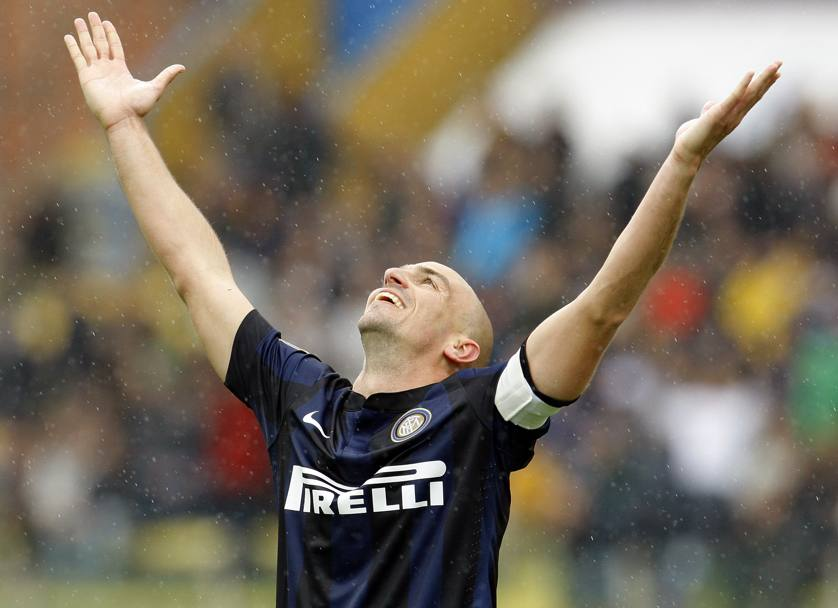 Cambiasso to renew? Depends on Mazzarri